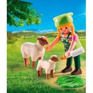 Αγρότισσα με προβατάκια (9356)