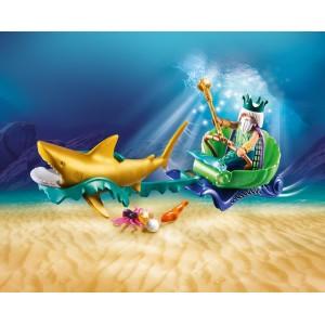 Βασιλιάς της θάλασσας με άμαξα καρχαρία (70097)